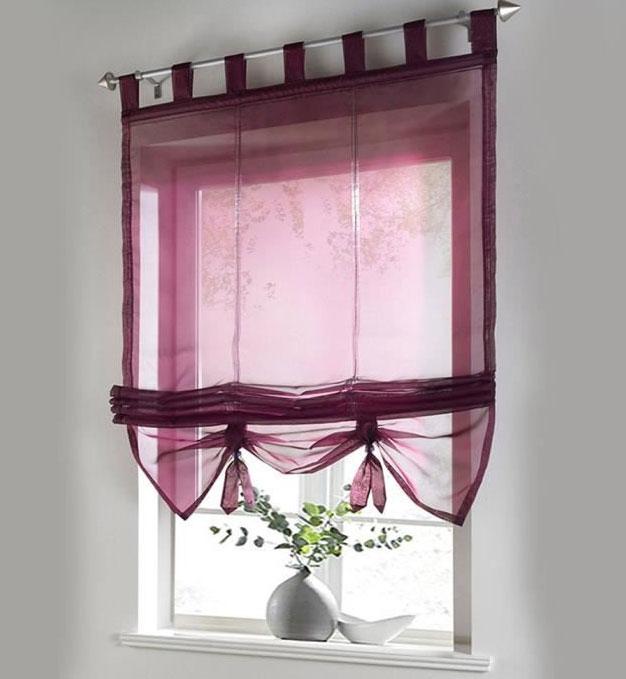 Небольшое текстильное изделие для небольшого окна