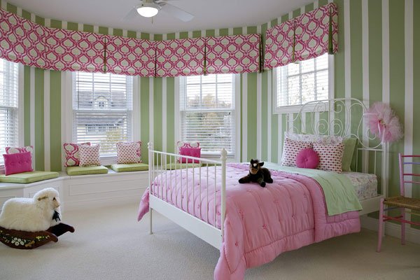 Спальня для загородного дома
