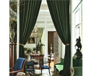 Классические темно-зеленые шторы