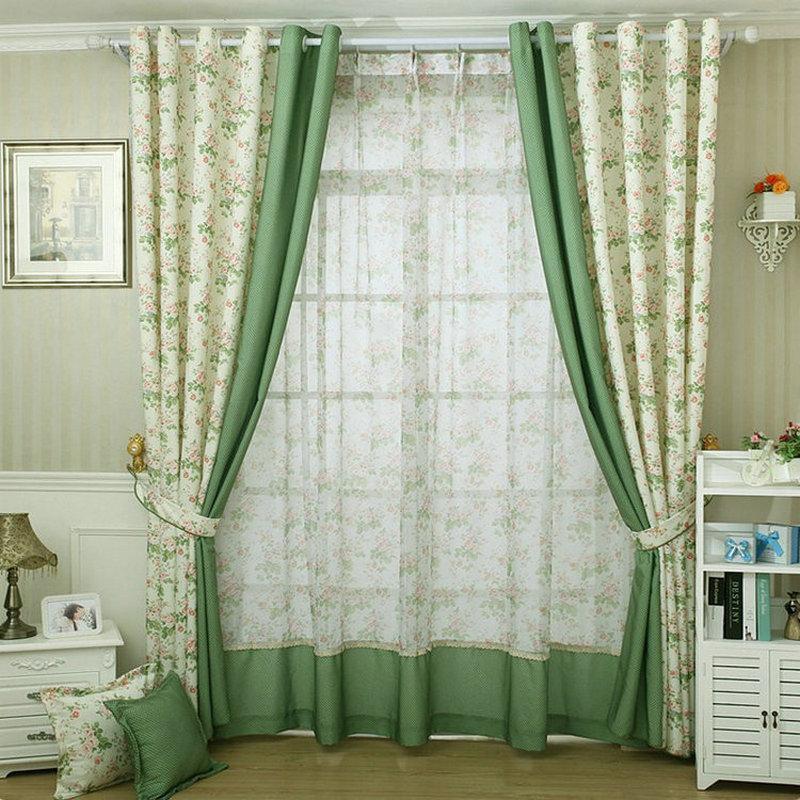 Шторы зеленых оттенков в спальню