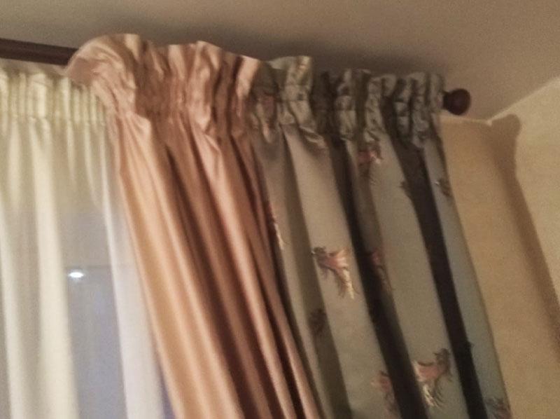 Шторы в гостиную ШГ060. Комбинированные коричнево-бежевые, современные