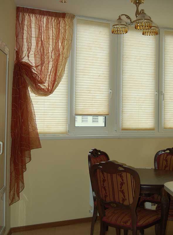 Штора в столовую ШСТ0019, оранжевая прозрачная дизайнерская