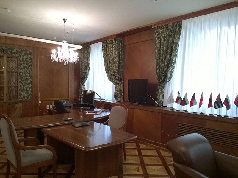 Офисные классические портьеры