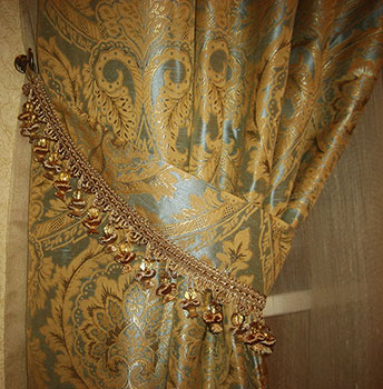 Подхват, выполненный из ткани