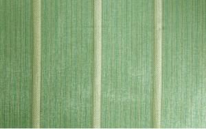 Зеленая ткань с полоской