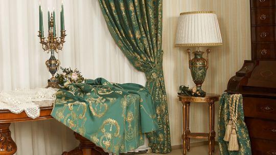 Элитные шторы в гостиной