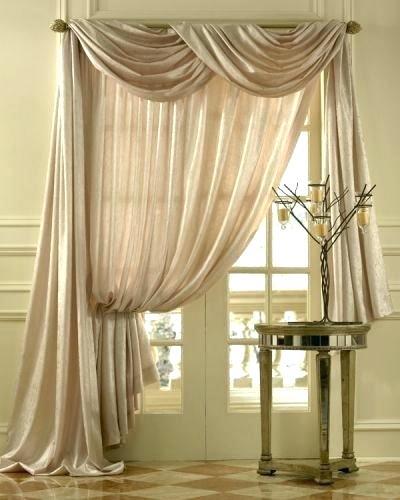 Асимметричное дизайнерское текстильное изделие