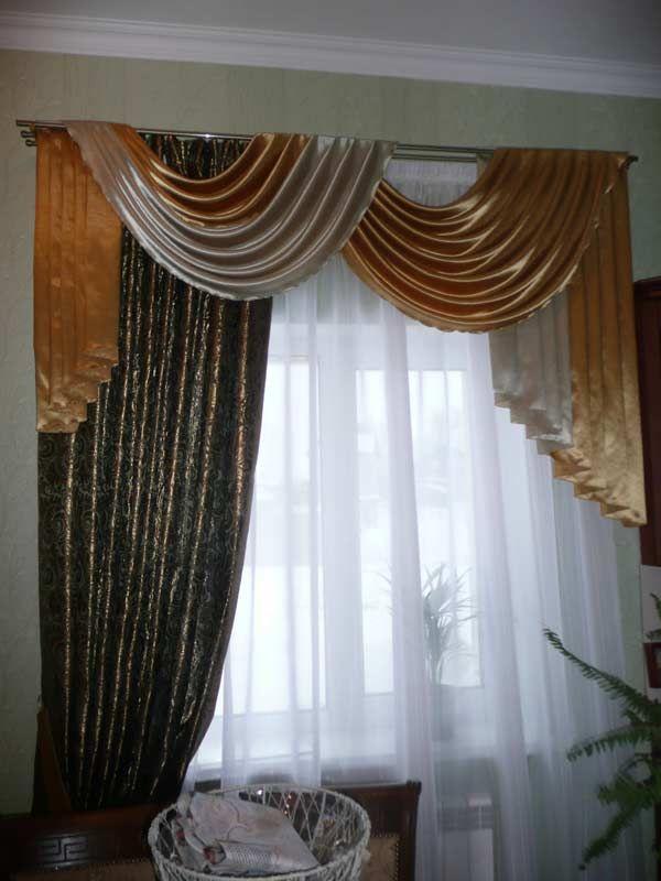 Дизайнерские шторы с мягким ламбрекеном в гостиную