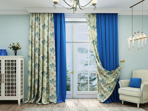 Современные шторы в голубой гостиной