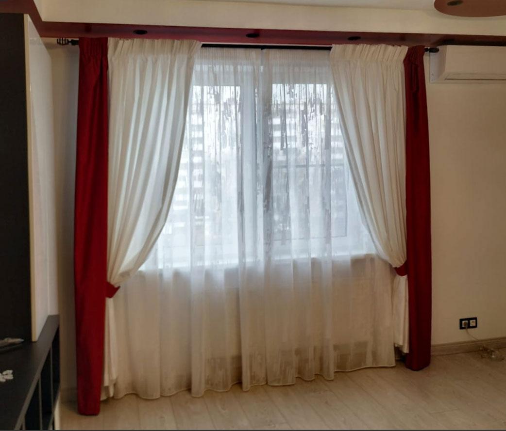 Тройные шторы с тюлем для гостиной