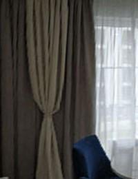 Стильные шторы в гостиную слайдер