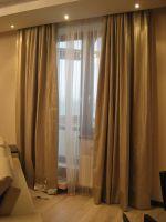 Шторы в гостиную ШГ011,современные, золотые шторы + белый тюль