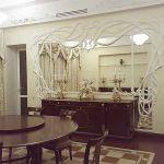 ШГ0001 Шторы в столовую, белые с золотистым узором +белый тюль+ мягкий, сложный ламбрекен