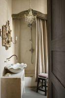 Бежевая штора для ванной